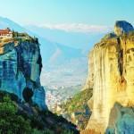 Метеоры в небе Греции