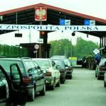 На границе с Польшей в очередях застряли более тысячи автомобилей