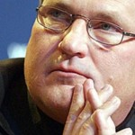 Квасьневский назвал ситуацию в Украине неконтролируемой