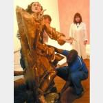 «Скульптуры Пинзеля уже смонтировано для экспонирования в Лувре…»