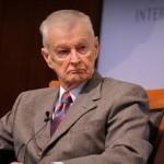 Бжезинский указывает на опасность российских ядерных угроз Западу