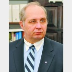 Павел Хобзей: «Предметов много, и никто толком ничего не знает»