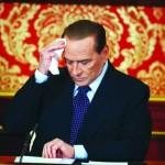 Осужденный Берлускони останется в политике
