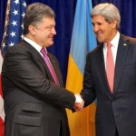 Керри заверил Порошенко, что Запад продолжит оказывать давление на Россию