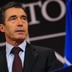 Расмуссен: «Испания готова помочь Украине военной техникой»