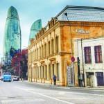 «Цены на нефть падают, а азербайджанский манат укрепился»